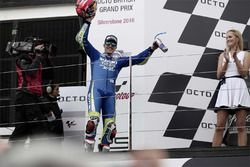 Podium: race winner Maverick Viñales, Team Suzuki MotoGP, third place Valentino Rossi, Yamaha Factor
