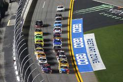 Kyle Busch, Joe Gibbs Racing Toyota e Denny Hamlin, Joe Gibbs Racing Toyota