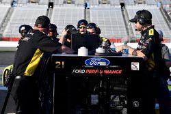 Paul Menard, Wood Brothers Racing Ford Fusion crew