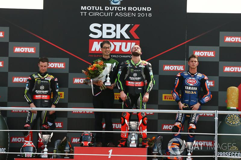 Podio: il vincitore Jonathan Rea, Kawasaki Racing, il secondo classificato Michael van der Mark, Pata Yamaha, il terzo classificato Chaz Davies, Aruba.it Racing-Ducati SBK Team