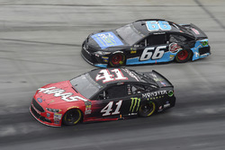 Kurt Busch, Stewart-Haas Racing, Ford Fusion Haas Automation/Monster Energy, Chad Finchum, Motorsports Business Management, Toyota Camry, Concrete North / Smithbuilt Homes