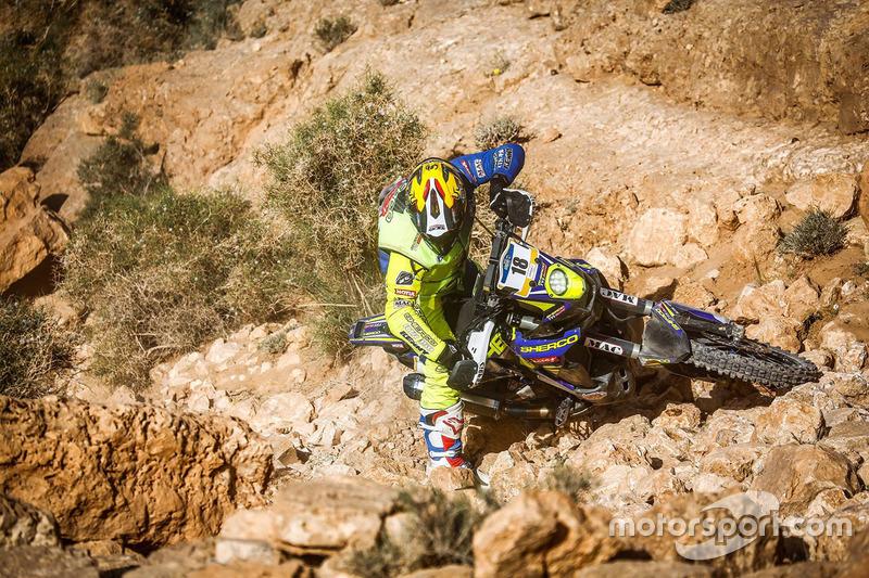 #18 Sherco: Diego Martin Duplessis falls down