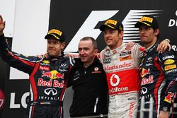 Podium: Sebastian Vettel, Red Bull Racing, Paddy Lowe, McLaren Technical Director, Jenson Button, Mc