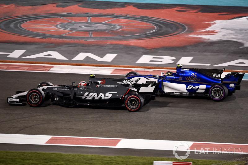 Kevin Magnussen, Haas F1 Team VF-17, Pascal Wehrlein, Sauber C36