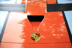 #86 Gulf Racing Porsche 911 RSR