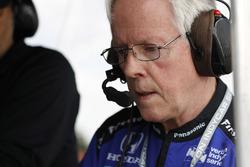 Rahal Letterman Lanigan Racing Honda, engineer Eddie Jones