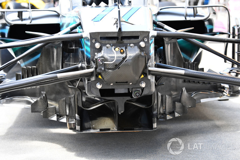 Mercedes-AMG F1 W09 chassis and front suspension detail