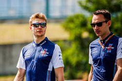 Sergey Sirotkin, Williams walks the track Zak Mauger
