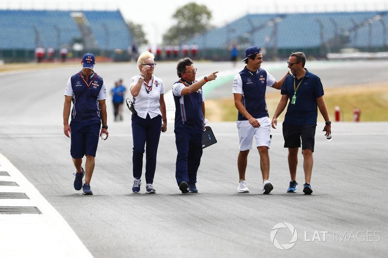 Lance Stroll, Williams Racing, mengitari lintasan