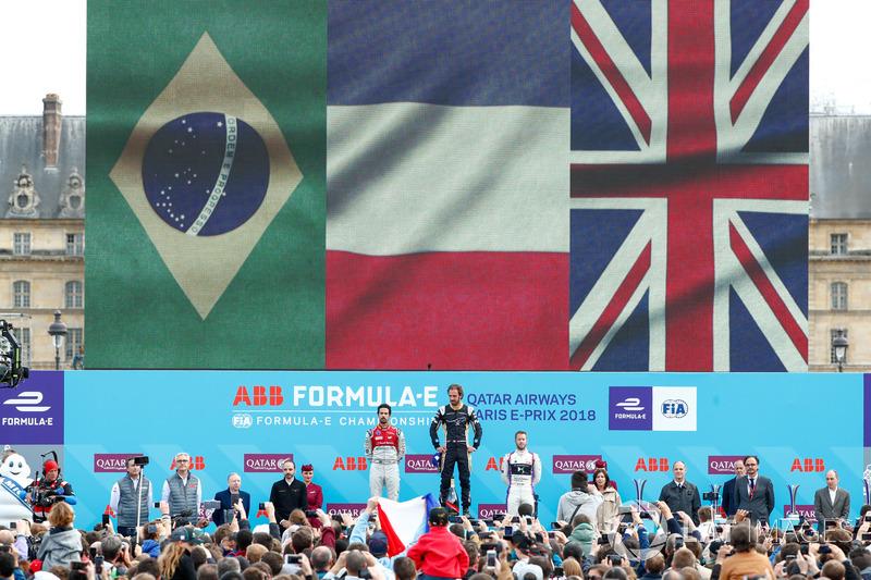 Jean-Eric Vergne, Techeetah, vincitore dell'ePrix di Parigi, Lucas di Grassi, Audi Sport ABT Schaeffler, 2°, Sam Bird, DS Virgin Racing, 3°