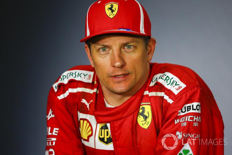 Kimi Raikkonen, Ferrari, 2° classificato, nella conferenza stampa