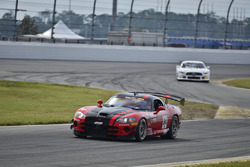 #84 TA3 Dodge Viper: Lee Saunders