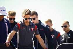 Ромен Грожан, Haas F1 Team, Эстебан Окон, Sahara Force India F1, Нико Хюлькенберг, Renault Sport F1 Team, Даниил Квят, Scuderia Toro Rosso, Кевин Магнуссен, Haas F1 Team, и Валттери Боттас, Mercedes AMG F1