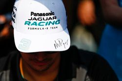 Nelson Piquet Jr., Jaguar Racing, at the autograph signing session