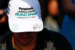 Nelson Piquet Jr., Jaguar Racing, at the autograph signing session