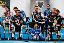 Kyle Larson, Chip Ganassi Racing Chevrolet sits on the stage after having his chair pulled out from