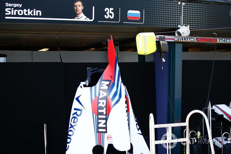 Боксы и деталь машины Сергея Сироткина, Williams Racing