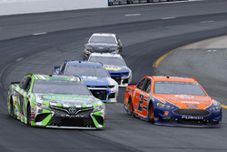 Kyle Busch, Joe Gibbs Racing, Toyota Camry Interstate Batteries and Brad Keselowski, Team Penske, Ford Fusion Autotrader