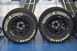 Kasey Kahne, Leavine Family Racing, Chevrolet Camaro Thorne tires