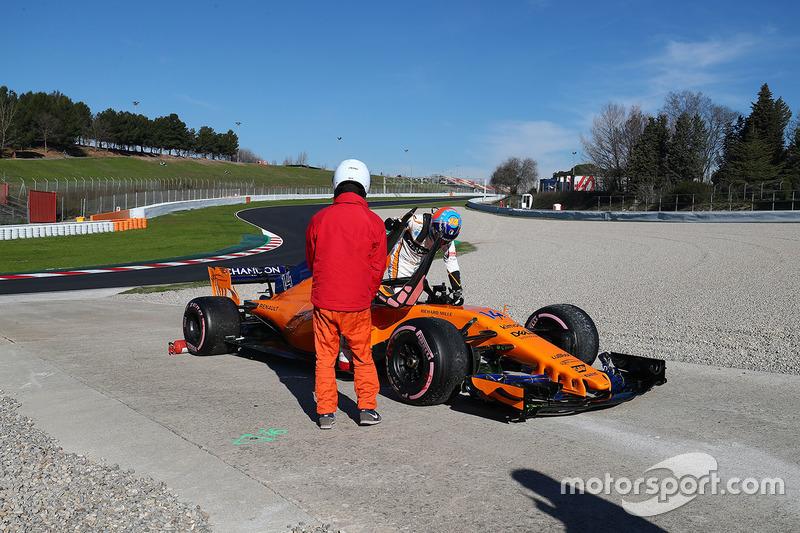 Остановка на трассе: Фернандо Алонсо, McLaren MCL33