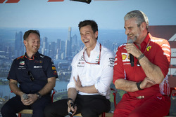 Christian Horner, Team Principal, Red Bull Racing, Toto Wolff, Executive Director (Business), Mercedes AMG, and Maurizio Arrivabene, Team Principal, Ferrari, on stage
