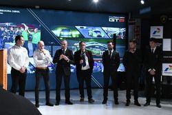 Gottfried Grasser, Armando Donazzan, Giorgio Sanna, Franco Nugnes, and drivers Andrea Caldarelli, Mirko Bortolotti and Christian Engelhart