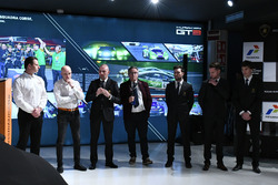 Gottfried Grasser, Armando Donazzan, Giorgio Sanna, Franco Nugnes, and drivers Andrea Caldarelli, Mi