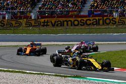 Carlos Sainz Jr., Renault Sport F1 Team R.S. 18, Charles Leclerc, Sauber C37, Fernando Alonso, McLaren MCL33 et Esteban Ocon, Force India VJM11
