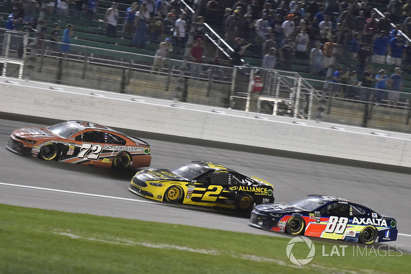 Corey LaJoie, TriStar Motorsports, Chevrolet Camaro Schluter-Systems, Brad Keselowski, Team Penske, Ford Fusion Alliance Truck Parts and Alex Bowman, Hendrick Motorsports, Chevrolet Camaro Axalta
