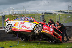 Crash: Fabian Coulthard, Team Penske Ford