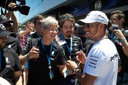 Lewis Hamilton, Mercedes AMG F1, meets some guests of the Mercedes team