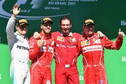 Podium: winnaar Sebastian Vettel, Ferrari, tweede Valtteri Bottas, Mercedes AMG F1, derde Kimi Raikk