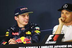 Max Verstappen, Red Bull Racing met Nico Rosberg, Mercedes AMG F1 in de persconferentie