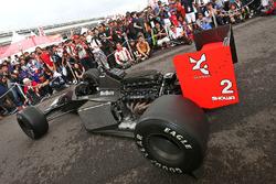 Un coche McLaren Honda en pantalla