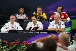 Pressekonferenz: Ayao Komatsu, Haas F1 Team; Bob Bell, Renault Sport F1 Team; Luigi Fraboni, Ferrari