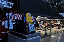 Impression, Motopark team tent, Niko Kari, Motopark Dallara F312 – Volkswagen
