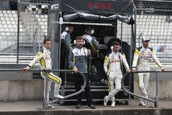 #99 Rowe Racing BMW M6 GT3: Philipp Eng, Alexander Sims, With Martin Tomczyk and Jaroslav Janick, Te