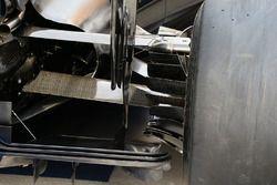 McLaren MP4-31 rear suspension detail