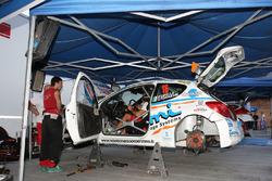 Paolo Oriella, Sandra Tommasini, Peugeot 207 Super 2000, Sport & Comunicazione al parco assistenza