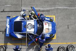رقم 78 كاي سي إم جي بورشه 911 آرإس آر: كريستيان ريد، وولف هينزلر، جويل كاماثياس