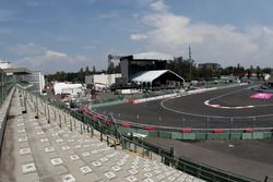 Aspectos del paddock y el circuito