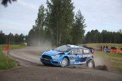 Eric Camilli, Benjamin Veillas, M-Sport Ford Fiesta WRC after a crash