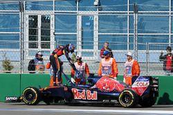 Max Verstappen, Scuderia Toro Rosso STR11 se retira de la carrera