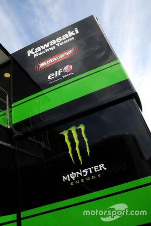 Motorhome von Kawasaki Racing Team