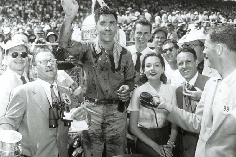 Bill Vukovich - 2 vitórias