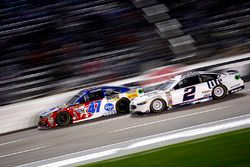 A.J. Allmendinger, JTG Daugherty Racing Chevrolet en Brad Keselowski, Team Penske Ford