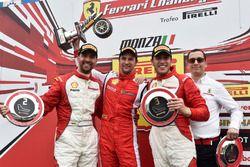 """Podio trofeo Pirelli: primo posto, Philipp Baron, secondo """"Babalus"""", terzo Marcello Puglisi"""