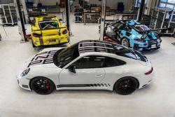 Presentata nel paddock del Mugello la 911 Carrera S Endurance Racing Edition