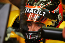 Esteban Ocon, Renault Sport F1 Team RS16 Test Driver