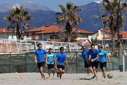Marco Wittmann, Antonio Felix da Costa, Bruno Spengler,Timo Glock, Tom Blomqvist and Augusto Farfus, Beach Soccer